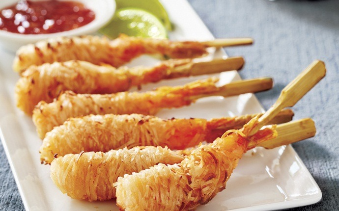 low calorie appetizers - shrimp appetizer skewers