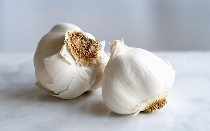 foods that detox your body - garlic