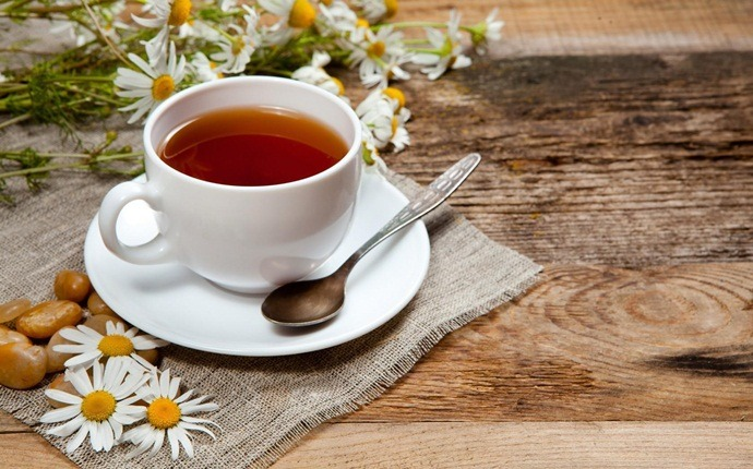 home remedies for colic - chamomile tea