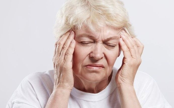 symptoms of clogged arteries - dizziness or weakness