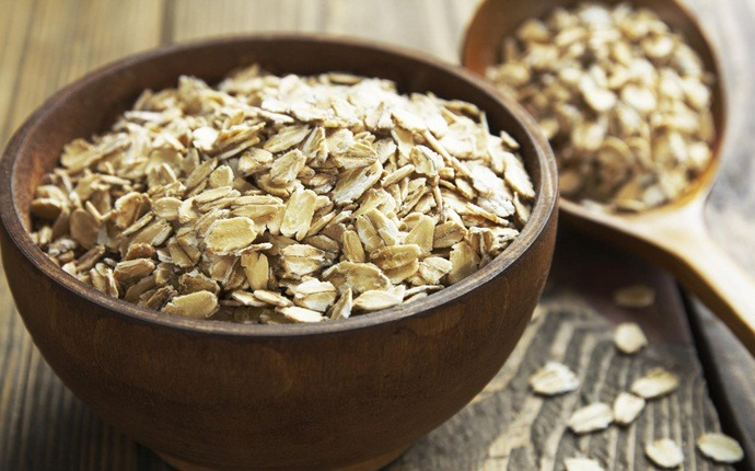 home remedies for melasma - oatmeal