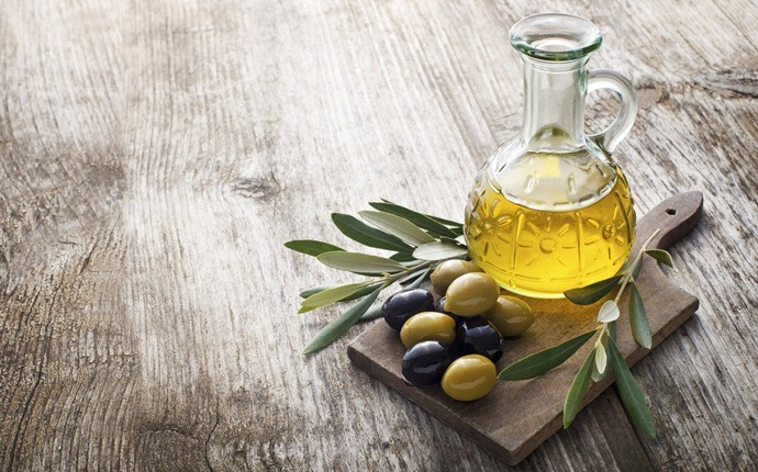 home remedies for melasma - olive oil