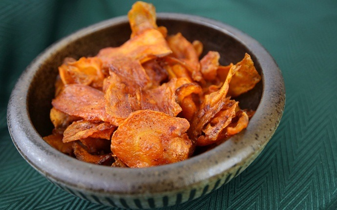 healthy carrot recipes - carrot chips