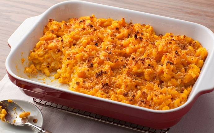 healthy carrot recipes - healthy italian cheese and mac with carrot puree