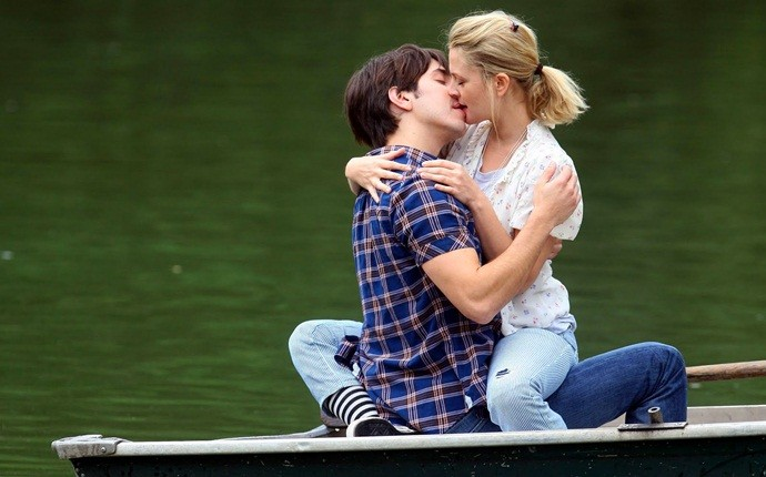 how to be a better kisser - less is sometimes better