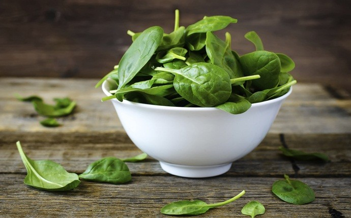 how to increase muscle strength - spinach