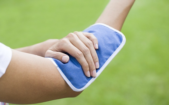 treatment for yellow jacket sting - cold compresses