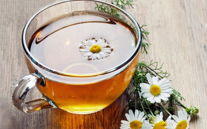 ginger for acne - combination of ginger and chamomile tea