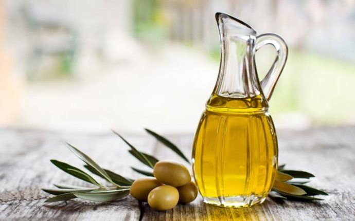 nourishing hair mask - honey and olive oil
