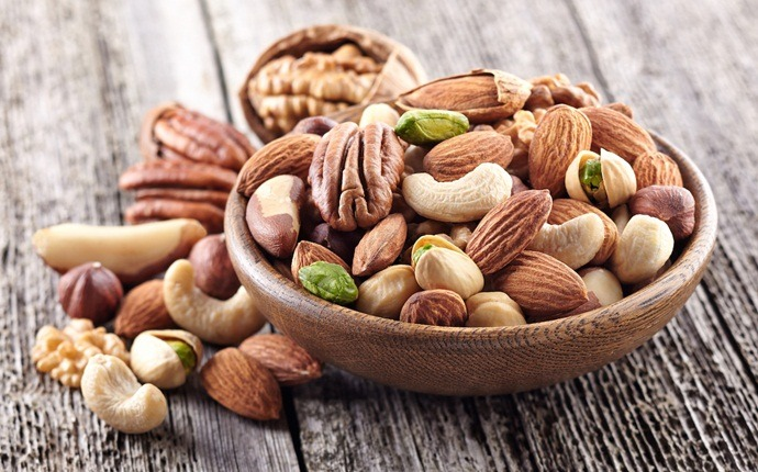 anti-cancer foods - nuts