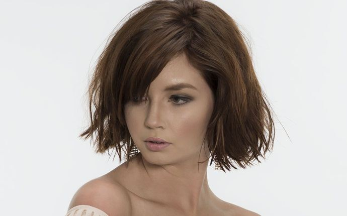 easy short hairstyles - short curly bob haircut