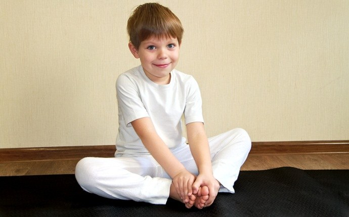 yoga for kid - frog pose